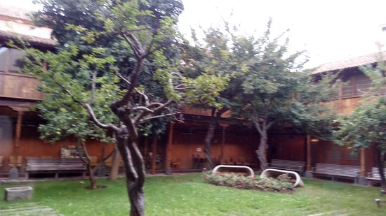 Biblioteca Municipal Adrian Aleman de Armas