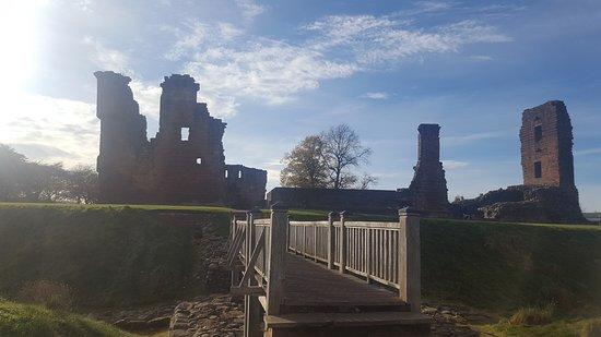 Penrith Castle: 20161102_123516_large.jpg