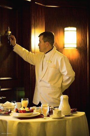 Hilton Los Angeles/Universal City: Room Service