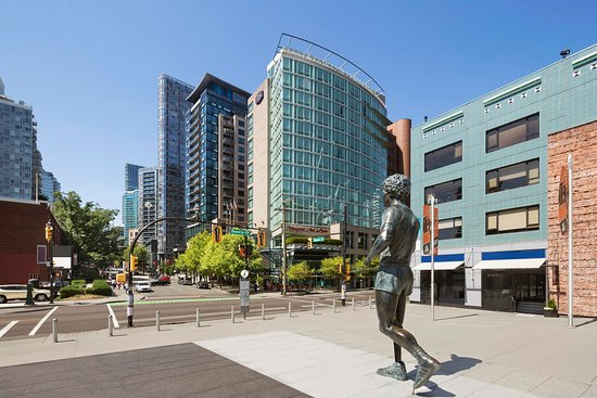 Hampton Inn & Suites Downtown Vancouver Hotel