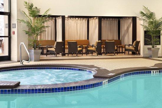 Charleston, WV: Pool with Cabanas