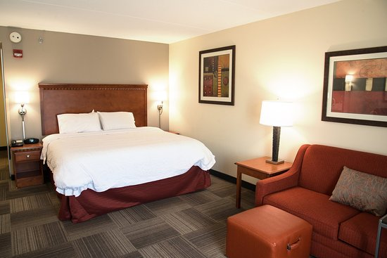 Charleston, WV: King Bed Room with Sofabed