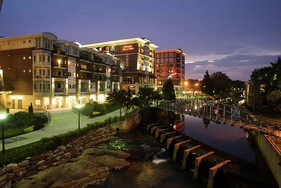 Hampton Inn & Suites Greenville - Downtown - Riverplace : Exterior