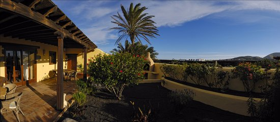 Mozaga, Spain: TWO BEDROOM VILLA - Quiet retreat to rest.