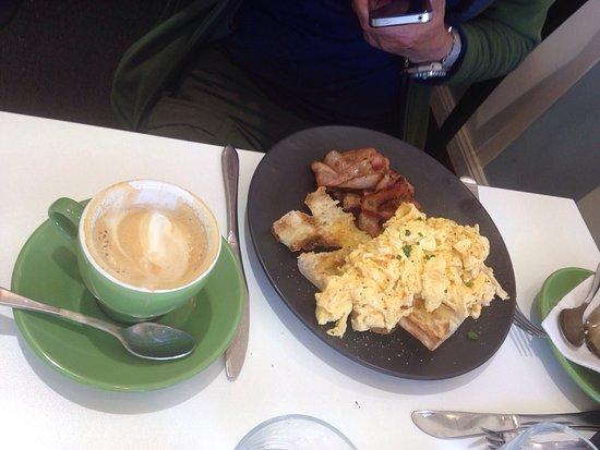Morpeth, Australia: Le Beau Cafe