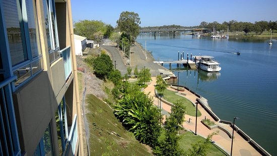 Burnett Riverside Motel: View up river
