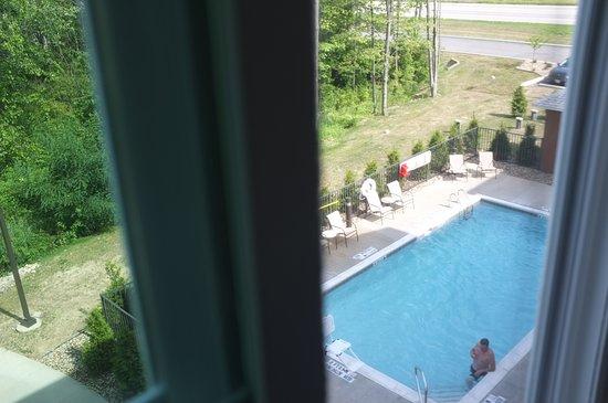 Mercer, PA: Gemütlicher Pool vom Zimmer aus gesehen