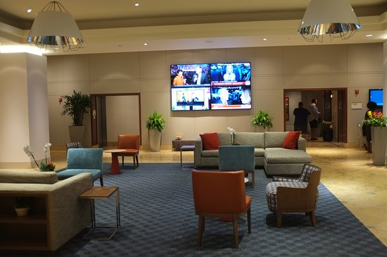 In der Lobby Picture of Hilton Philadelphia at Penn s Landing