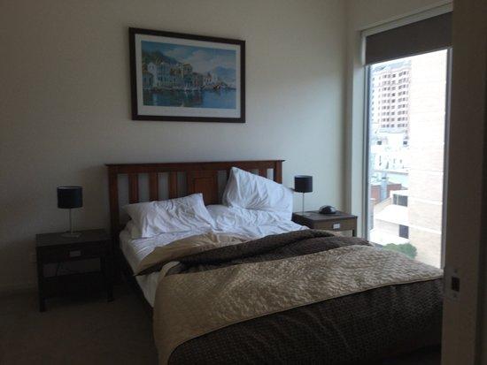 Glenelg Pacific Apartments: photo1.jpg