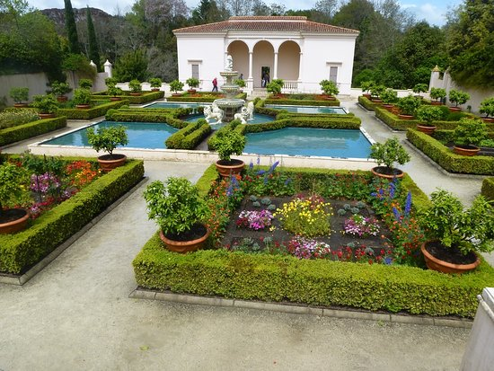Hamilton Gardens Italian Garden Was So Colourful And The Work Maintenance Well Looked