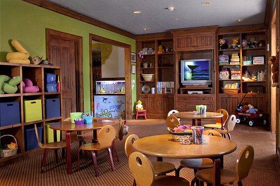 The Ritz-Carlton, Bachelor Gulch: Ritz Kids Lounge