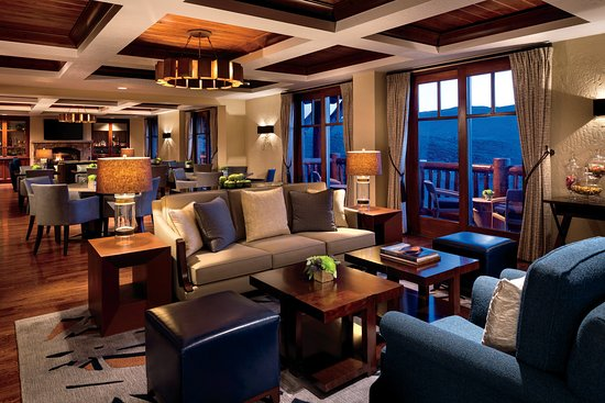 The Ritz-Carlton, Bachelor Gulch: Club Lounge