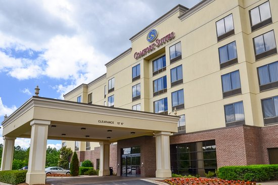 Comfort Suites Charlotte Northlake: Exterior