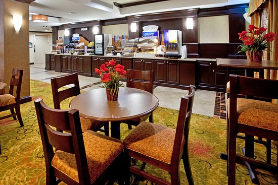 Anderson, SC: Holiday Inn Express & Suites FREE Breakfast area