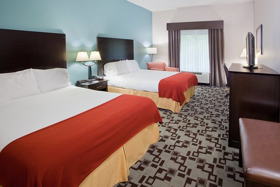 Apex, NC: ADA/Hearing accessible Two Queen Guest Room