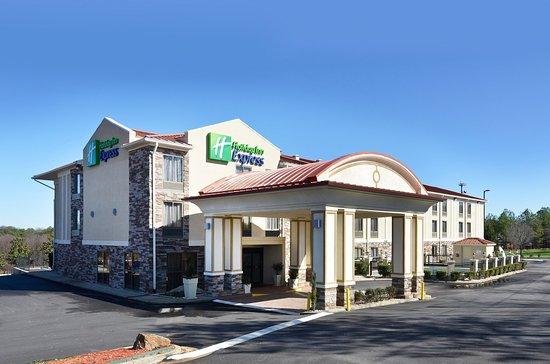 Holiday Inn Express Stone Mountain: Hotel Exterior