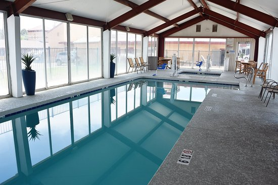 Super 8 Conference Center NAU/Downtown: Pool Area