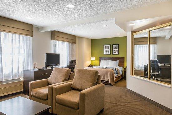 Sleep Inn: Queen suite