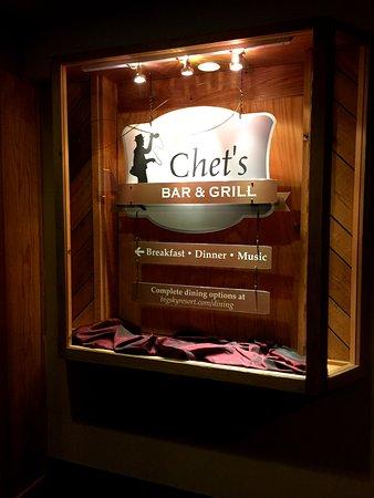Chet's Bar & Grill: Chet's
