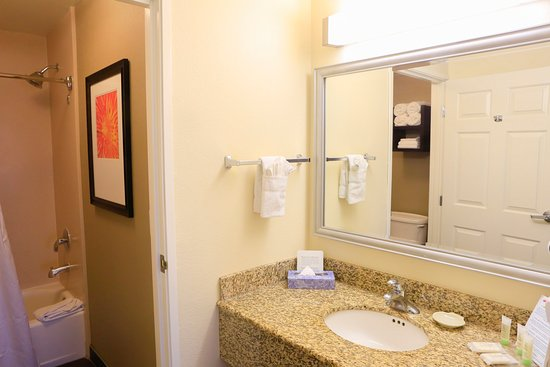 Milpitas, Californien: Guest Bathroom