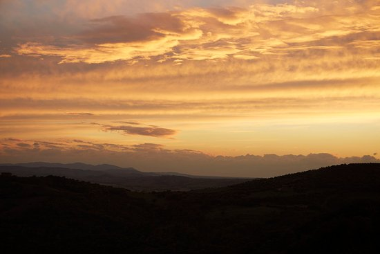 Castello di Vicarello: Sunset Views