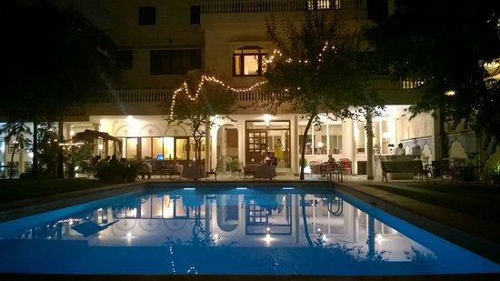 Hotel Meghniwas: IMG-20161102-WA0000_large.jpg