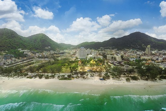 โรงแรมอันดามัน บีช สวีท: Andaman Beach Suites hotel
