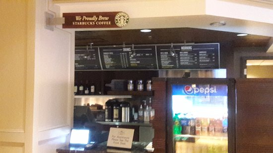كورت يارد نيوهافن آت يال: cafe bar