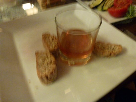 Il Cortile di Giannino: Dessert Sweet Wine With Biscottis For Dipping. Yummy Dessert!