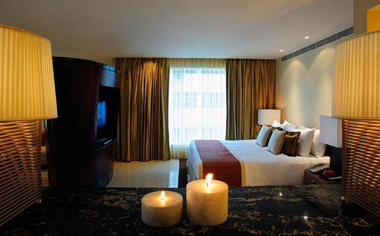 Taj Club House: Suite
