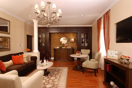 Hotel Geneve Ciudad de Mexico: Master Suite Sala
