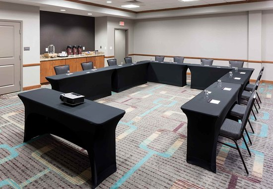 Lake Forest, Илинойс: Meeting Room ? U-Shape Setup