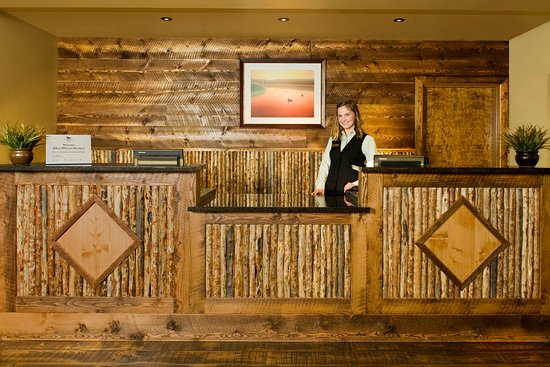 Homewood Suites by Hilton Bozeman: Front Desk