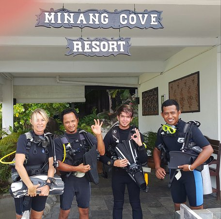 Minang Cove Resort: Minang Cove Dive Team
