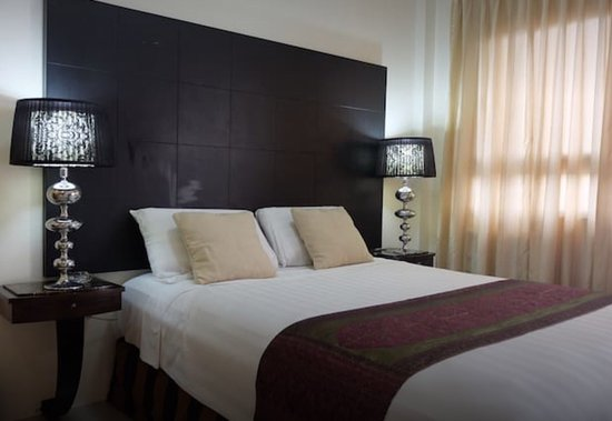 870 Hostel