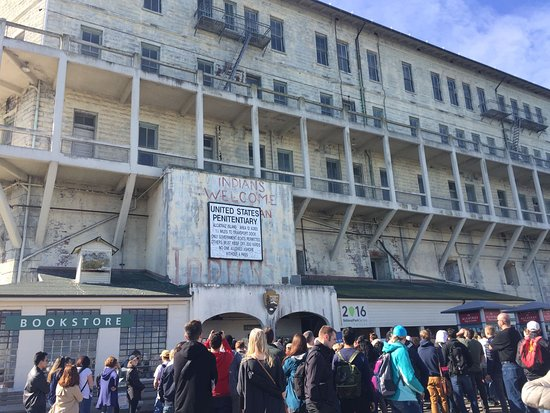 Alcatraz Gifts and Tours