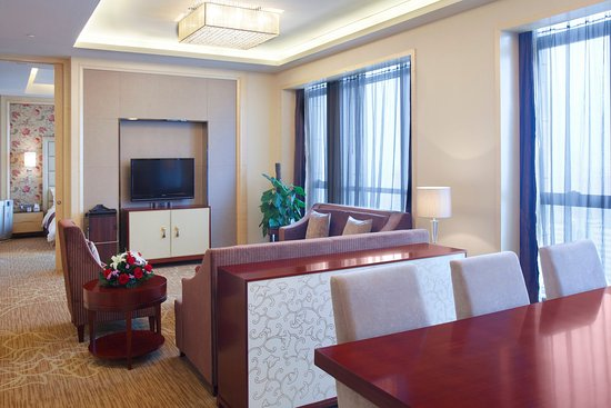 Xiangyang, China: Club Suite