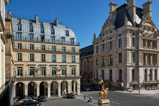 Hotel Regina Louvre: Front