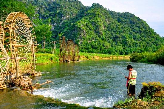 Hoa Binh, Vietnam: Pu Luong Trekking Tours