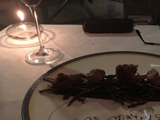 โวลแกน วัลเลย์ รีสอร์ท แอนด์ สปา: Surprised celebration dessert