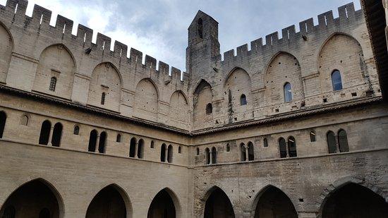 Pope's Palace (Palais des Papes): Palais des Papes