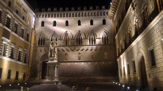 Palazzo Salimbeni
