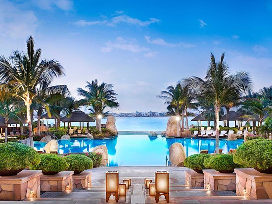Sofitel dubai the palm resort spa united arab emirates for Top resorts in dubai