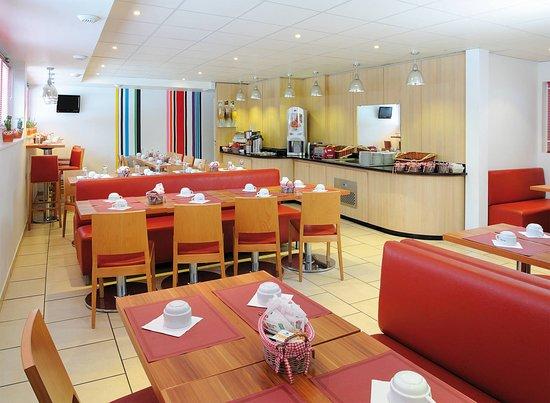 Bures-sur-Yvette, فرنسا: Breakfast room