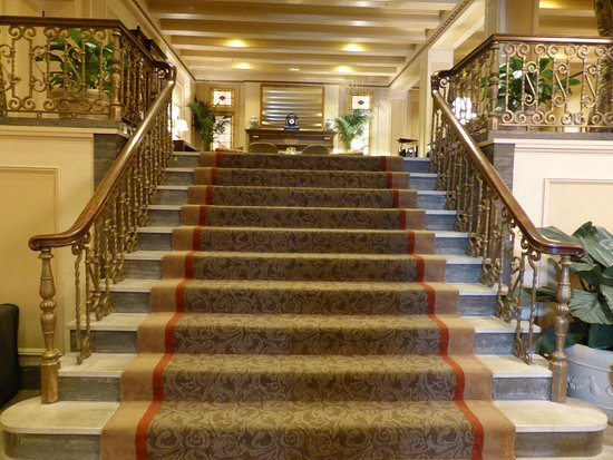 stairs from lobby to lounge picture of mayflower park. Black Bedroom Furniture Sets. Home Design Ideas
