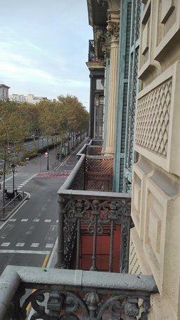Hostalin Barcelona Gran Via: Vue de la chambre