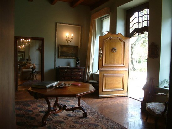 Bellingham Homestead: Entrance Hall Of The Manor House, Where The Wedding  Register Is Signed