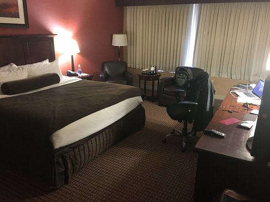 Crowne Plaza Hotel Cleveland South - Independence : photo0.jpg