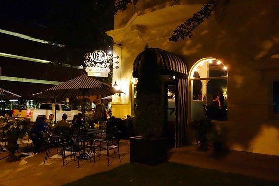 Buckley's Restaurant and Bar: Entreén