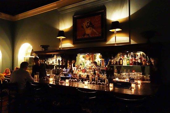Buckley's Restaurant and Bar: Baren